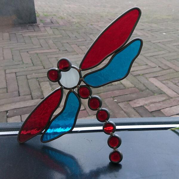 Libelle Glas in lood, rood/blauw