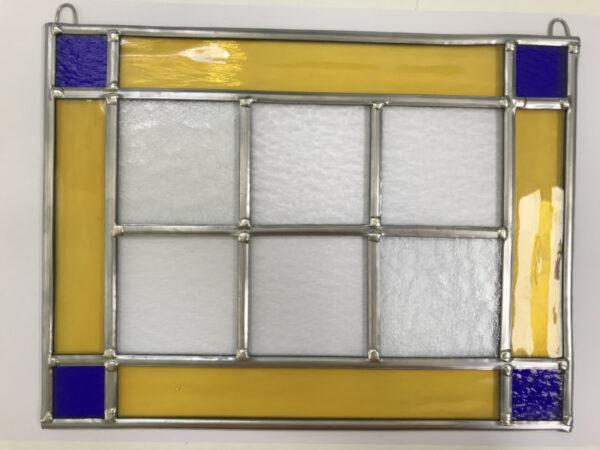Eenvoudig glas in lood raam